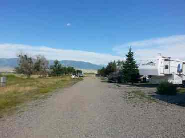 ennis-rv-village-ennis-montana-road