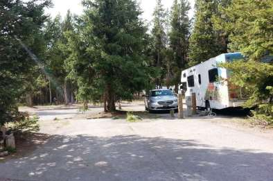 fishing-bridge-rv-park-yellowstone-national-park-10