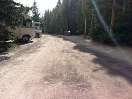 fishing-bridge-rv-park-yellowstone-national-park-13