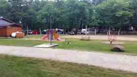 fox-hill-rv-park-campground-baraboo-wi-04