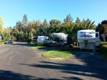 jacks-landing-rv-resort-grants-pass-or-08