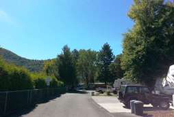 lazy-acres-on-the-river-rv-park-2