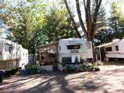lazy-acres-on-the-river-rv-park-3
