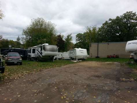 Lowry Grove RV Park in Minneapolis (St Anthony Village) Minnesota RV Sites