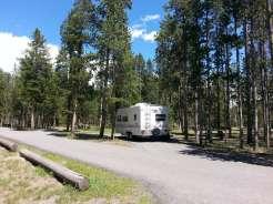 madison-campground-yellowstone-national-park-pull-thru-rv