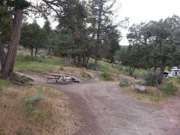 mammoth-campground-yellowstone-national-park-pull-thru