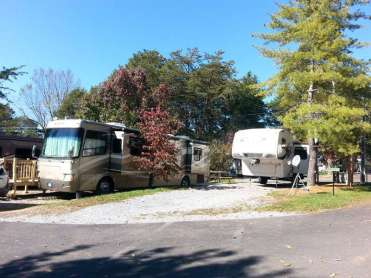 Mill Creek Resort in Pigeon Forge Tennessee Spacing