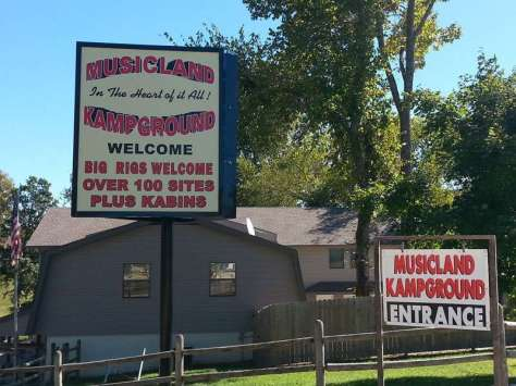 Musicland Kampground in Branson Missouri Sign