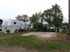 Orlando SE Lake Whippoorwill KOA in Orlando Florida Backin
