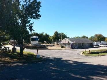 Pea Patch RV Park in Branson Missouri Entrance