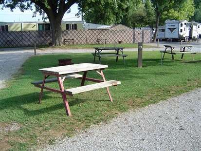 picnic-tables2