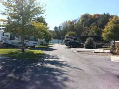 Pine Mountain RV Park by the River in Pigeon Forge Tennessee roadway