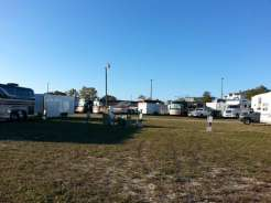 Racetrack RV Park in Daytona Beach Florida Pull thrus