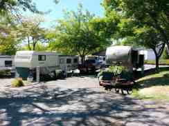rogue-valley-overniters-rv-park-grants-pass-or-2