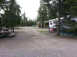 rustic-rv-campground-west-yellowstone-pullthru