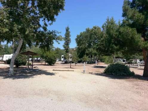 santee-lakes-campground-07