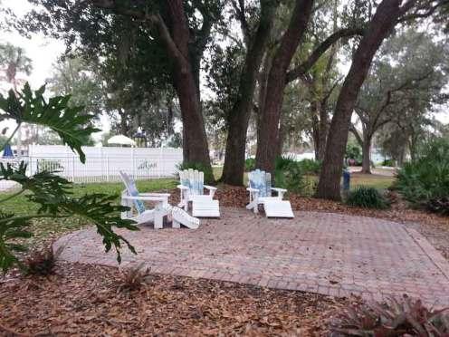 Sherwood Forest RV Park in Kissimmee Florida Lounge Area