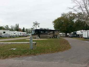 Sherwood Forest RV Park in Kissimmee Florida Pull thrus