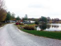 Spring Lake RV Resort in Crossville Tennessee lake