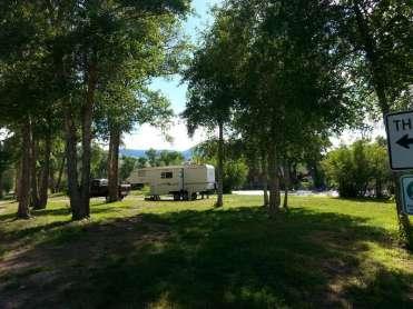 the-longhorn-ranch-rv-park-back-in-river