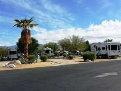 the-springs-at-borrego-rv-resort-08