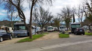 travel-village-rv-park-castaic-ca-08