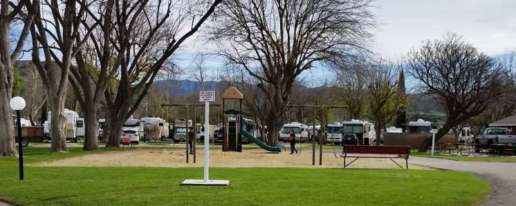 travel-village-rv-park-castaic-ca-14