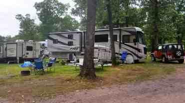 wanna-bee-campground-wisconsin-dells-01