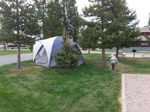 yellowstone-grizzly-rv-park-west-yellowstone-tentsite