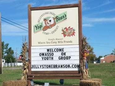 Yogi Bears Jellystone Park in Forsyth Missouri sign on highway