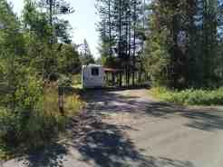 riverside-campground-island-park-id-10