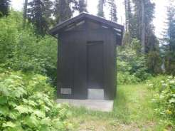 handkershief-lake-campground-montana-toilet