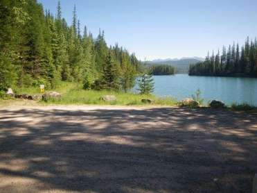 lost-johnny-campground-hungry-horse-lake