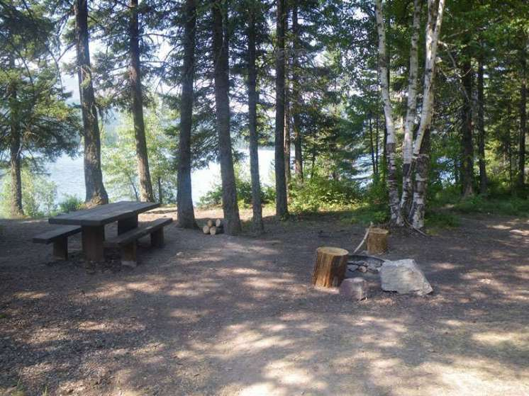 peters-creek-campground-hungry-horse-montana-site