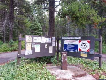 summit-campground-east-glacier-park-montana-sign2