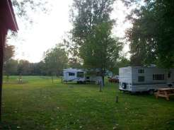 taylors-lost-haven-campground-sites-hookups