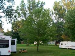 taylors-lost-haven-campground-sites-spacing