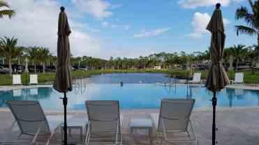 palm-beach-motorcoach-resort-jupiter-florida-01