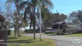 Sun RV Resorts Buttonwood Bay RV Resort