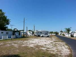 Alpine Village ROC Mobile Home and RV Park in Lake Placid Florida2
