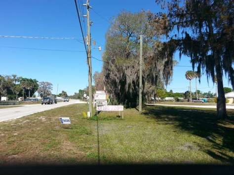 Cypress Hut RV Park in Okeechobee Florida1
