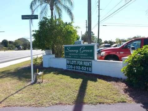 Sunny Grove MH and RV Park in Estero Florida1