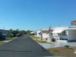 Sunny Grove MH and RV Park in Estero Florida2