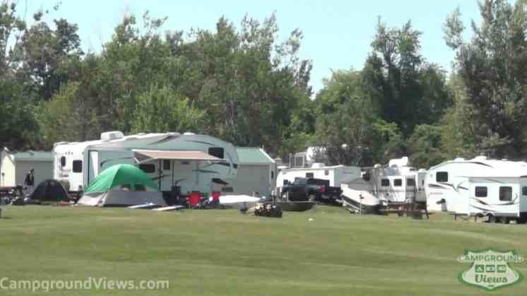 Riverside Acres Campgrounds & Cottages