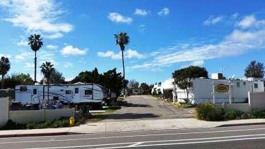 melrose-trailer-park-vista-ca-4