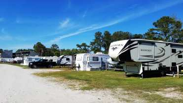 seahaven-marine-rv-park-sneads-ferry-nc-08