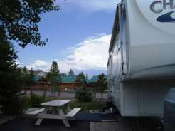 Yellowstone Grizzly RV Park and Cabins