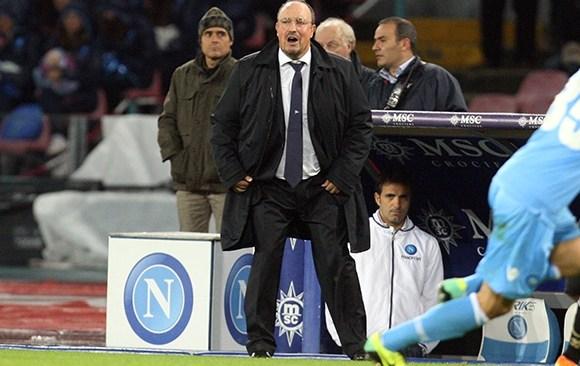 Napoli, al San Paolo passa il Chievo. Benitez fischiato dai tifosi