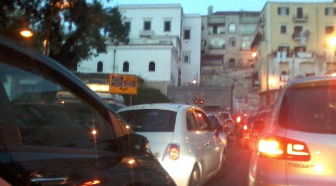 Pozzuoli, traffico in tilt