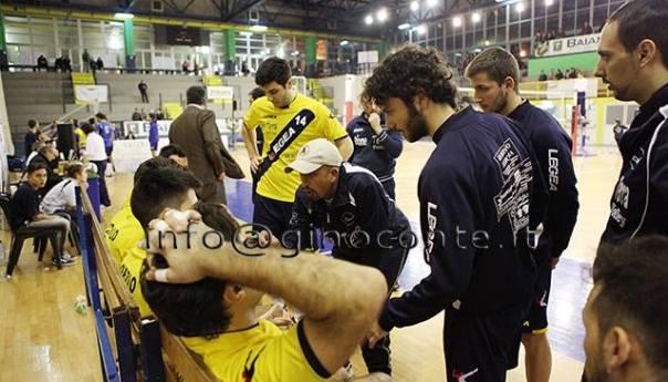 """Rione Terra Volley, ko a Pomigliano per 3-0. Coach Cirillo: """"Atteggiamento sbagliato e poco lucidi""""!"""